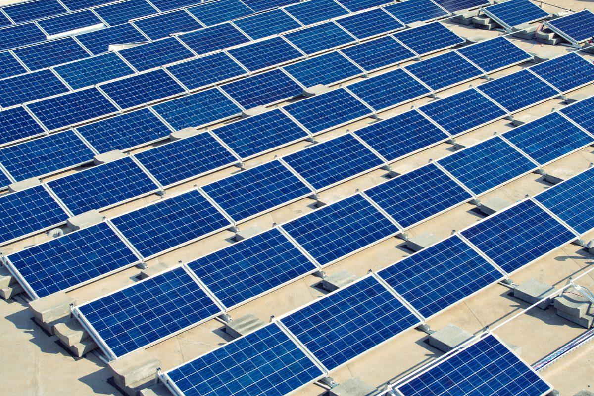 Flachdachanlage Photovoltaik