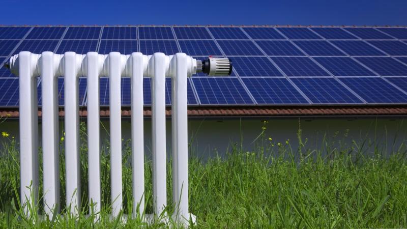 Heizung vor Photovoltaikanlage
