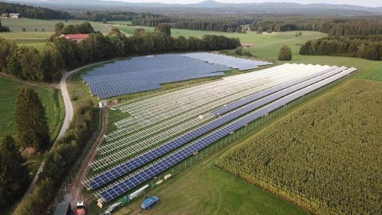 2019 mehr als doppelt so viel installierte Photovoltaikleistung in der EU