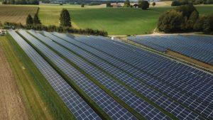 Photovoltaikanlagen erzeugen 2020 ca. 9% des in Deutschland erzeugten Stroms