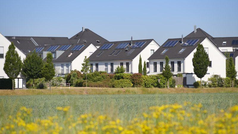 Photovoltaikanlagen Einfamilienhaussiedlung