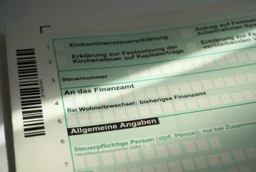 Mit der Steuerklärung bei der Finanzierung von Photovoltaik Geld sparen